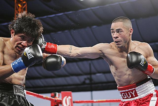 Guy Robb boxing